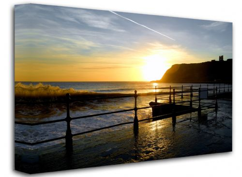 Scarborough's North Bay Framed Canvas Wall Art